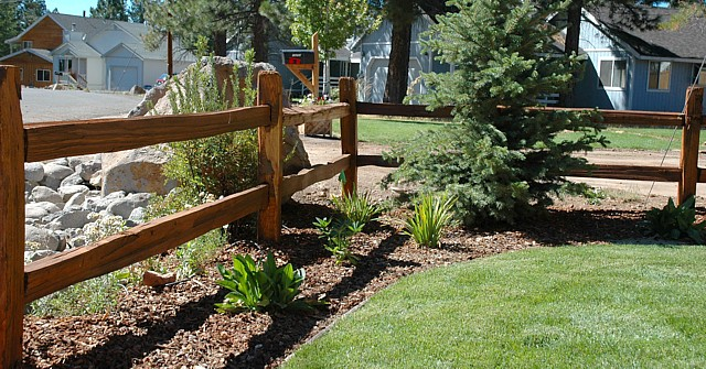 Landscaping Photo Gallery - Fence
